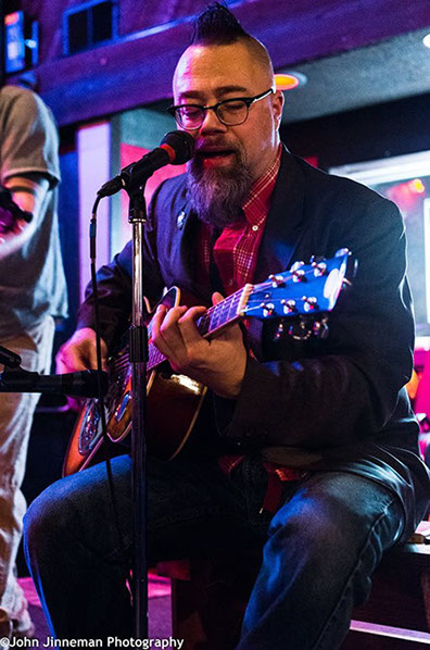 South Sound Tug & Barge's Scott M.X. Turner.  Live performance at the Parliament Tavern, March 2016.